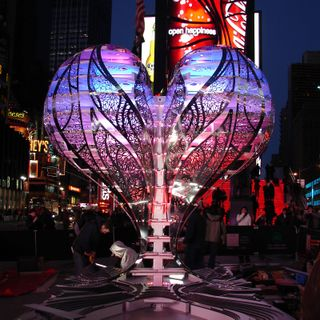 Valentine-Time Square